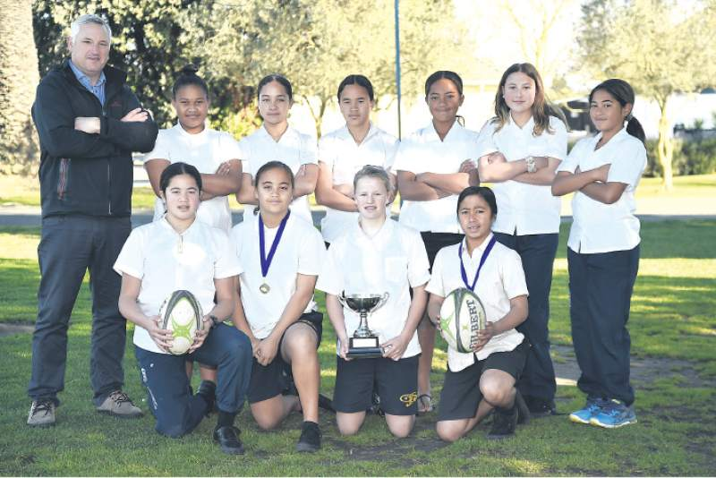 GisInt girls win Super 11 sevens, boys 2nd